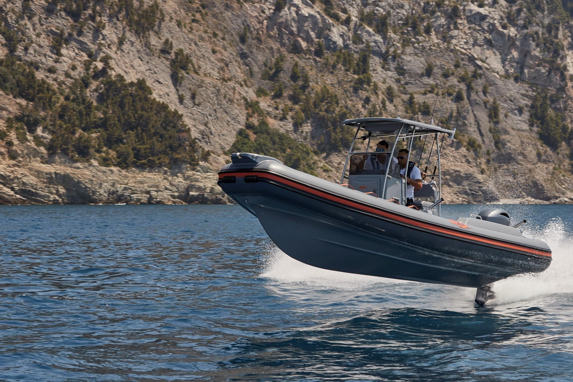 Joker Boat Barracuda jump