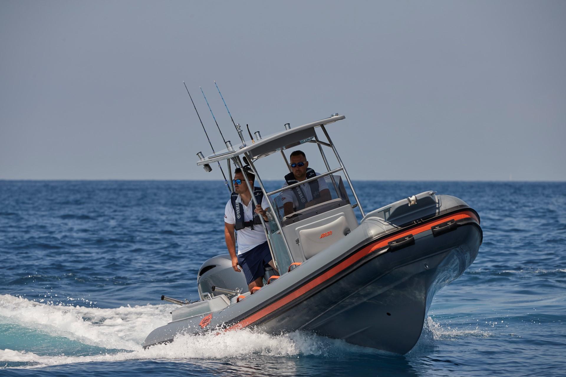 Joker Boat Barracuda front