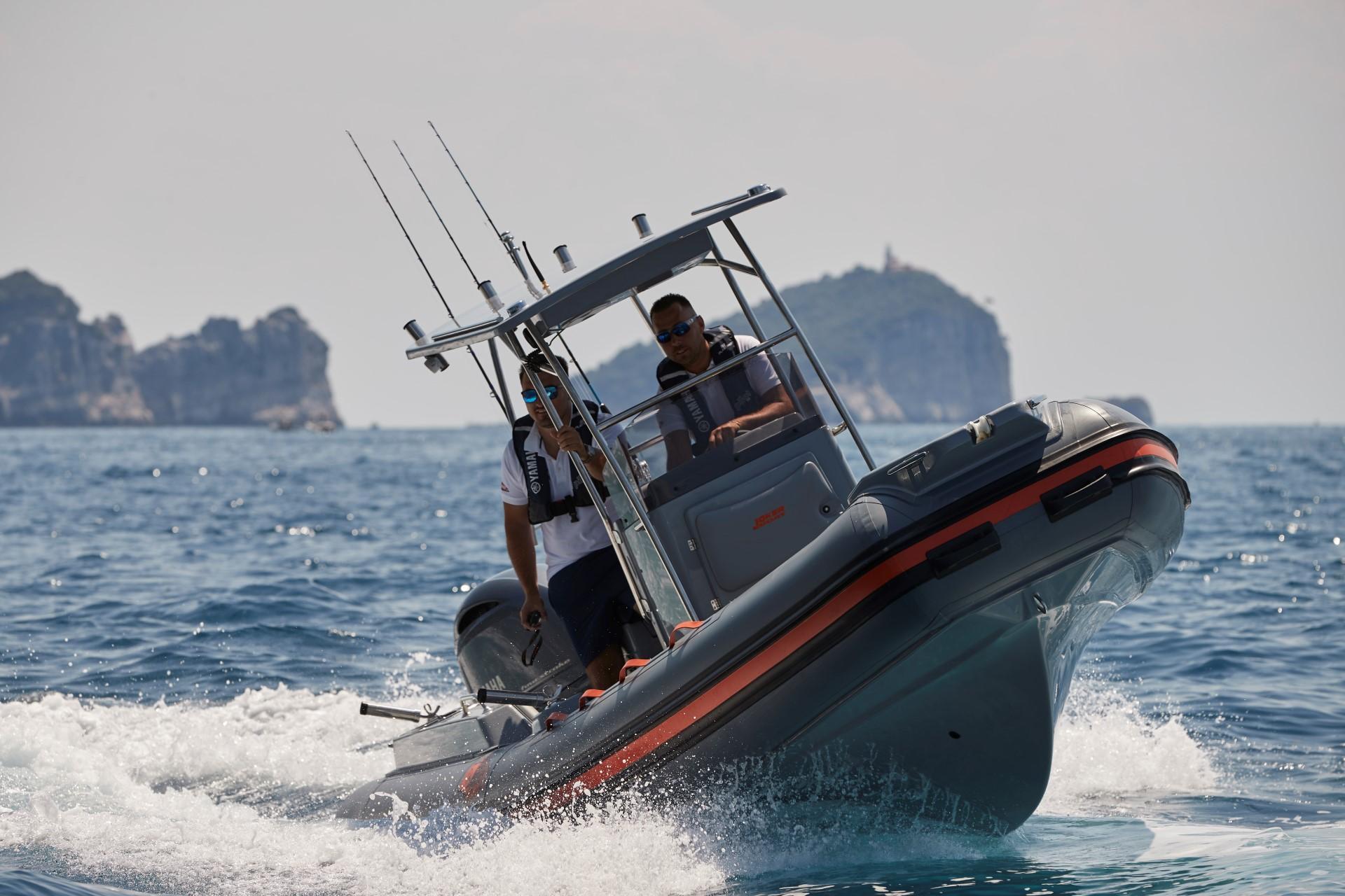 Joker Boat Barracuda bow