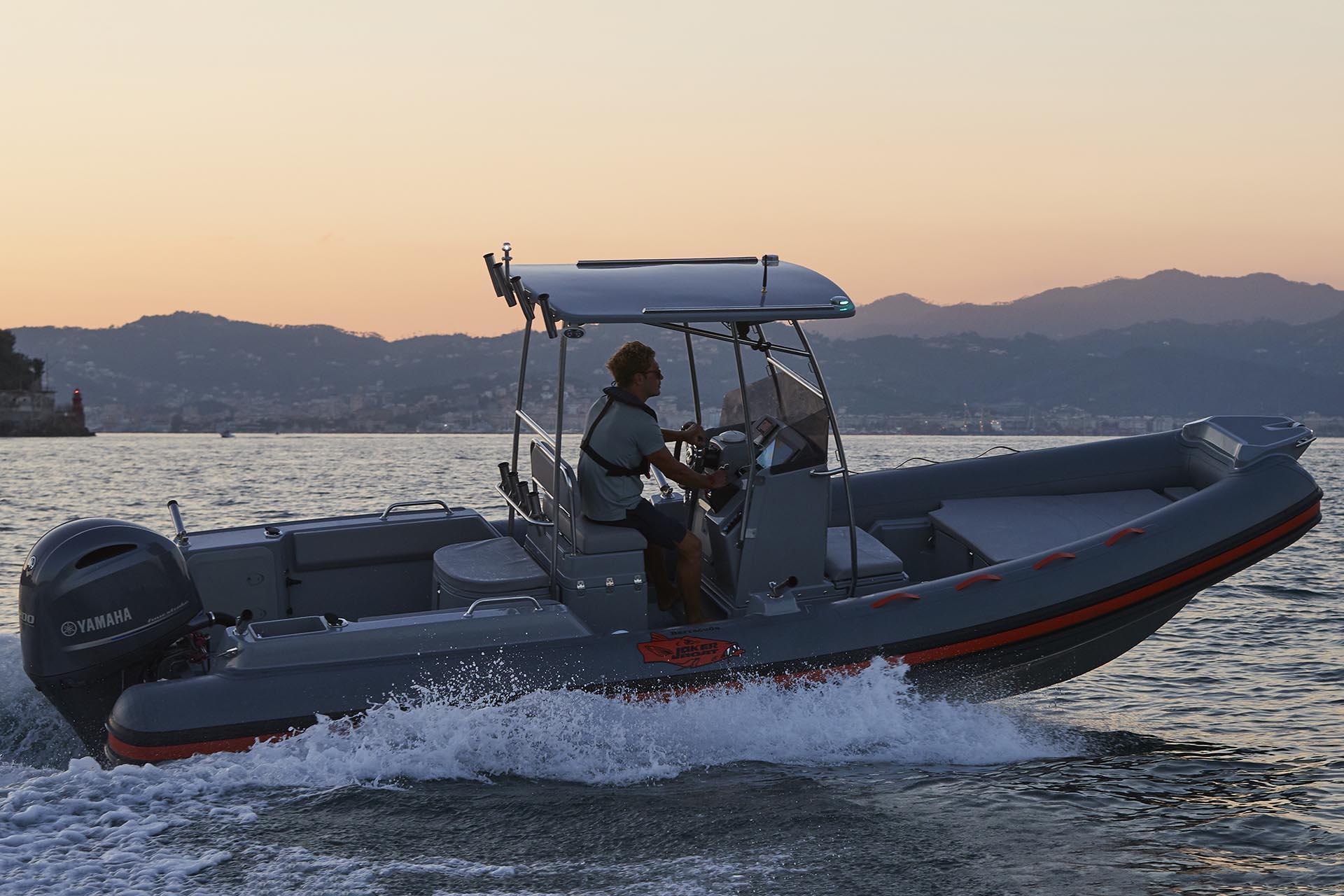Joker Boat Barracuda dusk