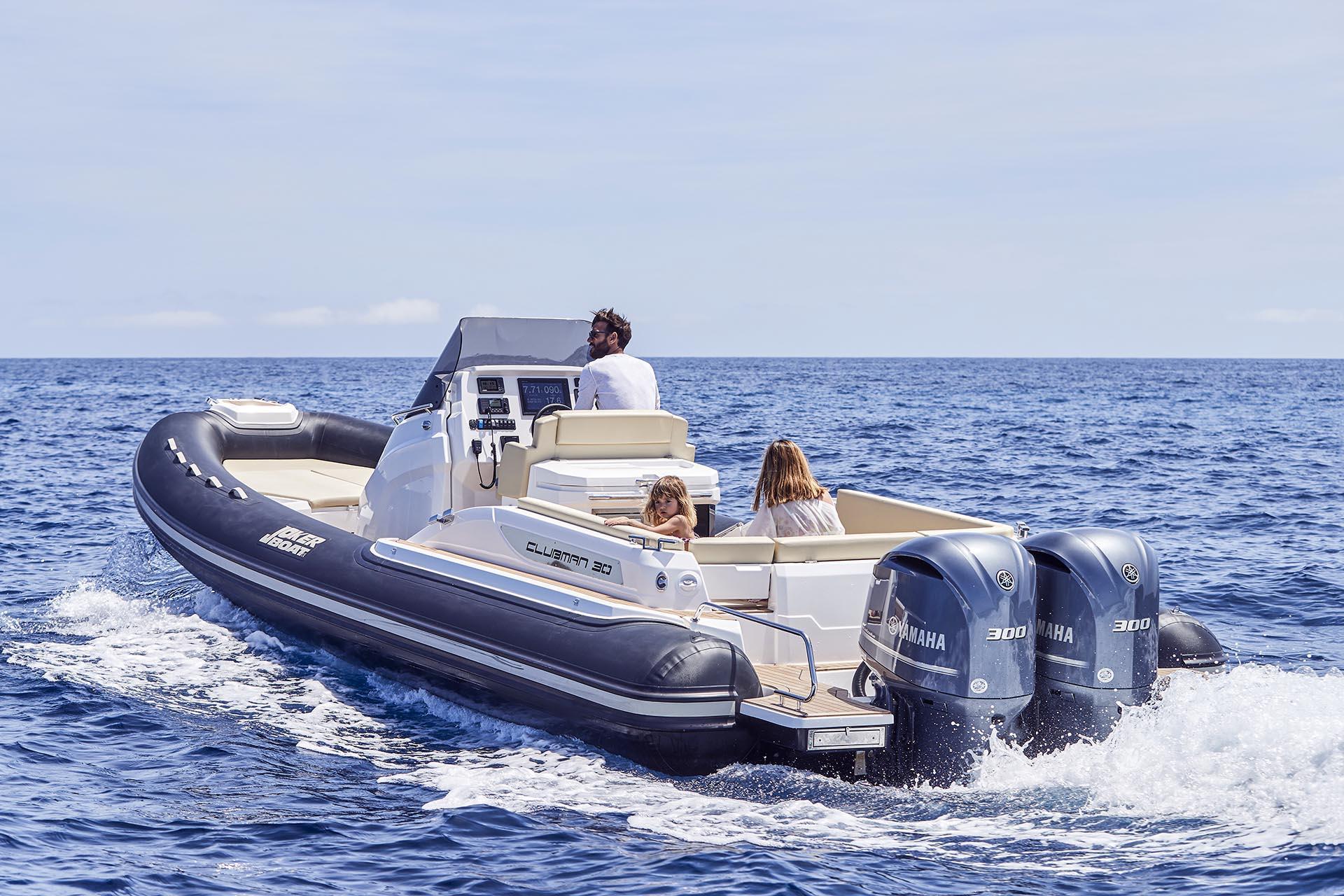 Joker Boat Clubman 30 driving