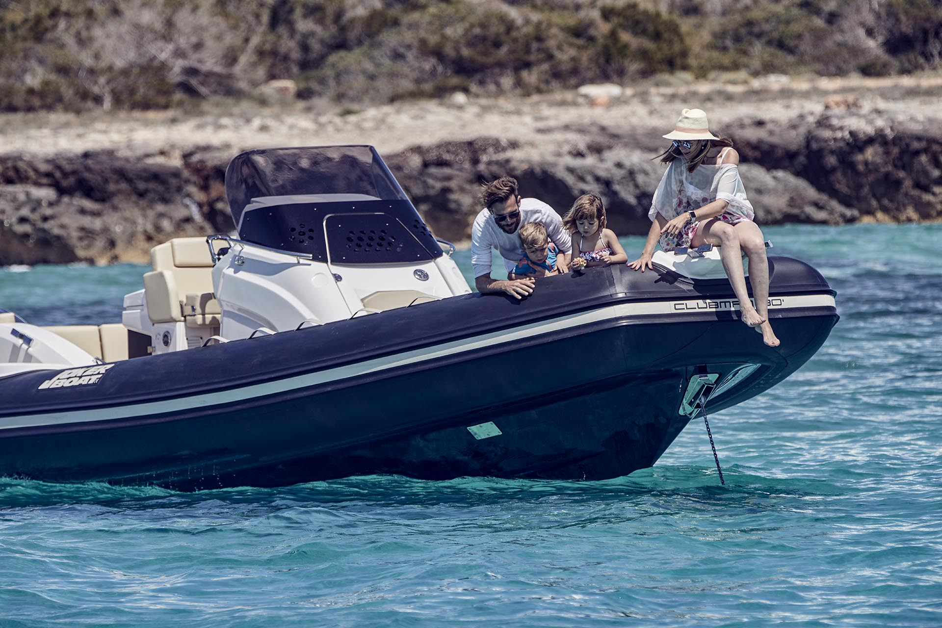 Joker Boat Clubman 30 bow